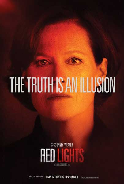 Red Lights (2012) - Movie Poster