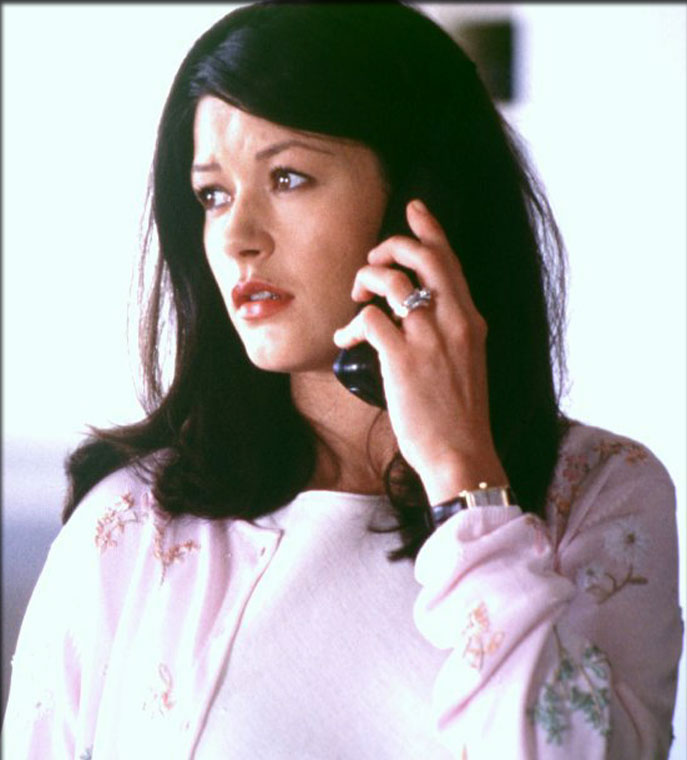 Catherine Zeta Jones in Traffic (2000)
