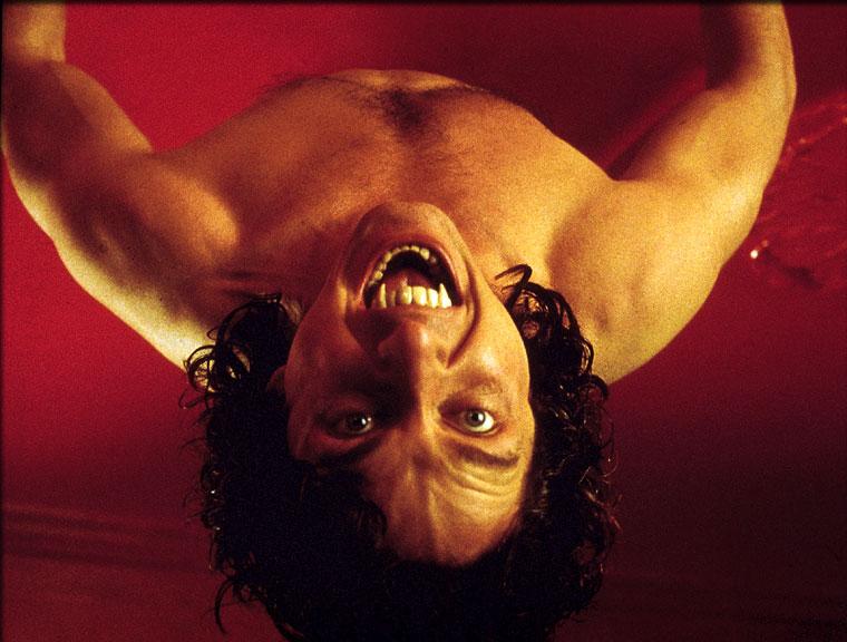 Gerard Butler in Dracula 2001 (2000)
